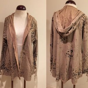 NWT, T party hoodie